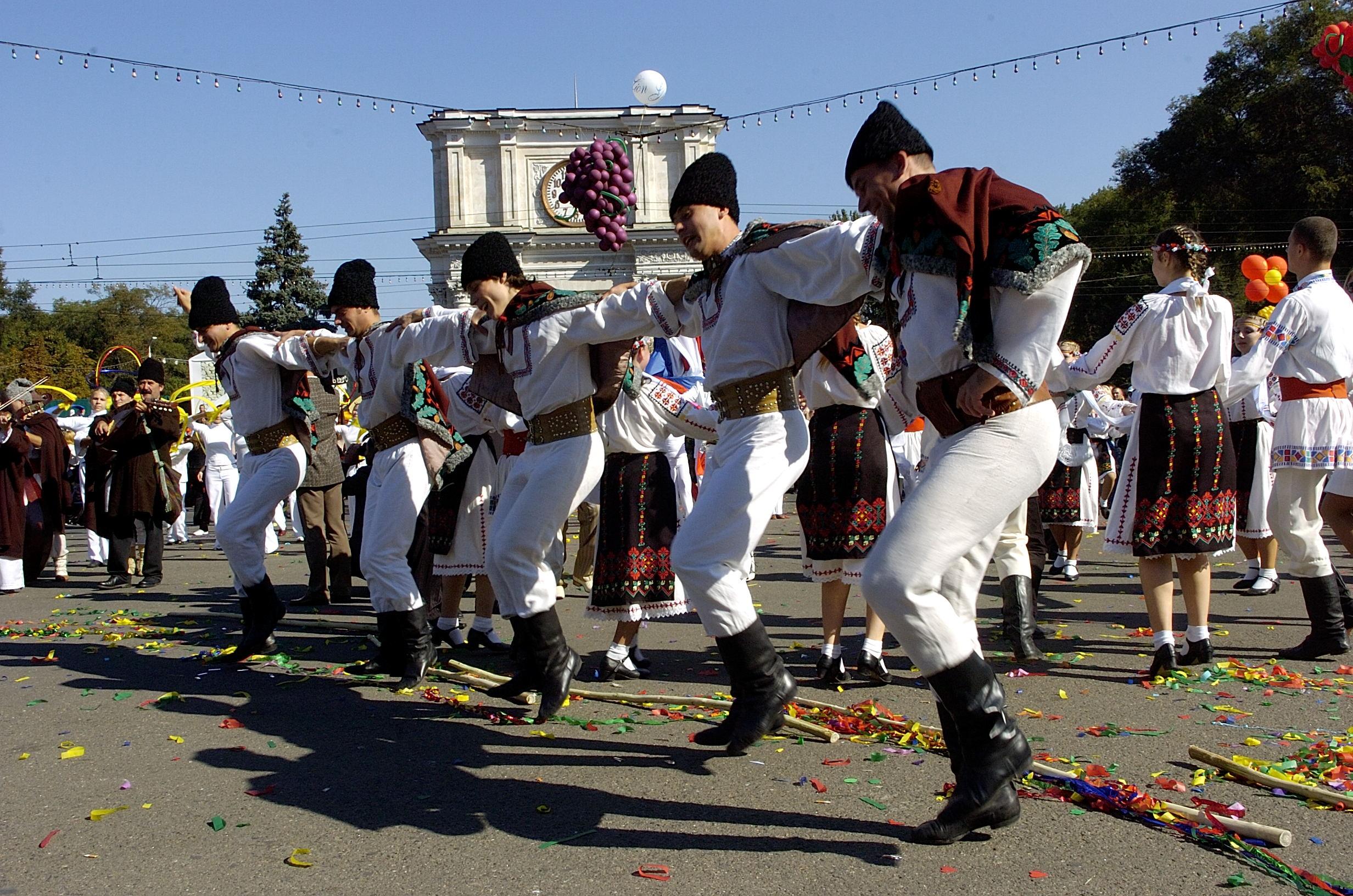 В Молдове отмечают Национальный день вина