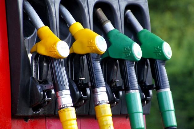 Кабмин предлагает отменить дорожный налог, включив его в акциз на топливо