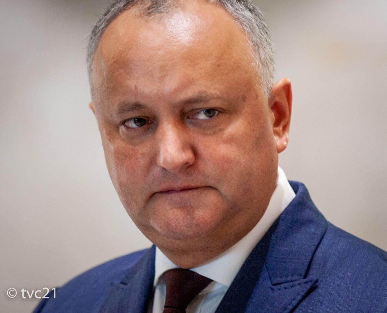 Додон: С 1 декабря возможен возврат к свободному передвижению с Приднестровьем