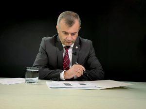 Правительство не будет требовать введения ЧП для переноса президентских выборов